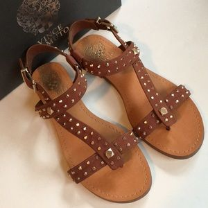NIB Vince Camuto leather sandals